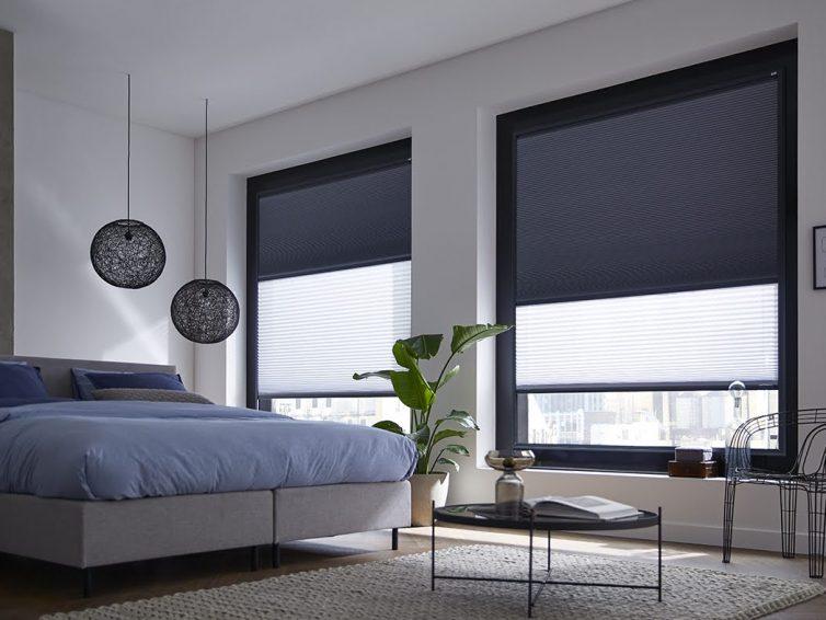 Hoe houd je de kou buiten? Denk eens aan isolerende raamdecoratie.